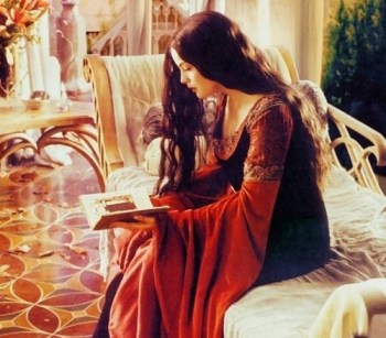 Arwen waits